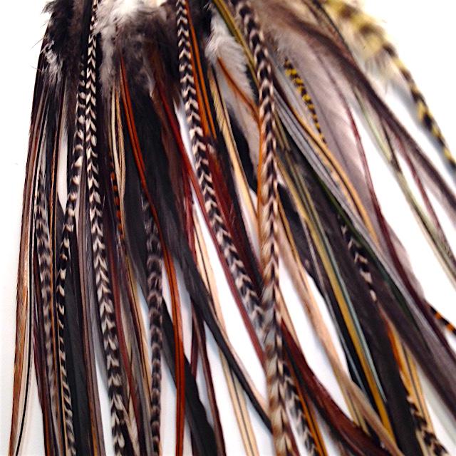 plume dans les cheveux accessoire pour cheveux faire soimme u ides avec accessoire pour with. Black Bedroom Furniture Sets. Home Design Ideas